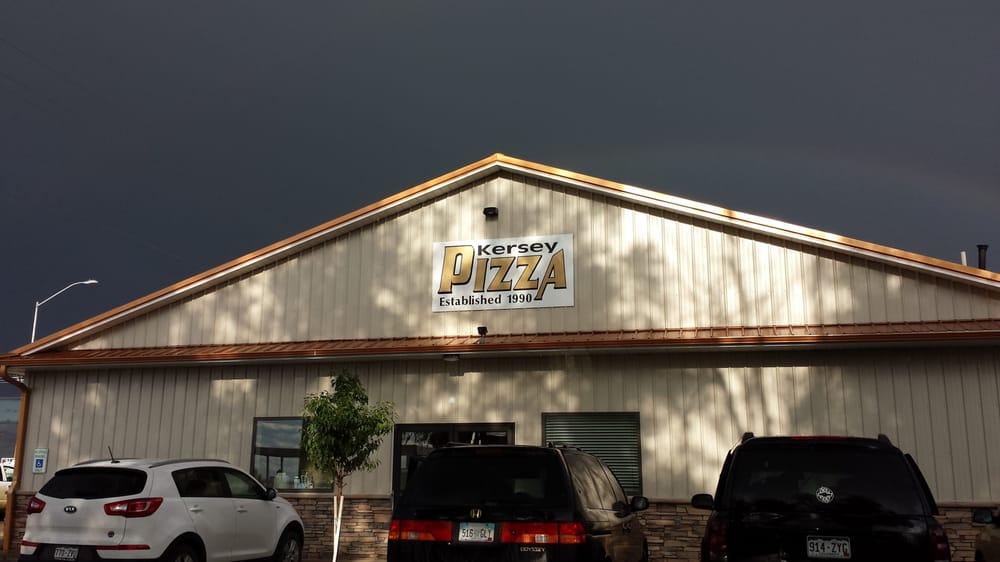 Kersey Pizza: 104 Hill St, Kersey, CO