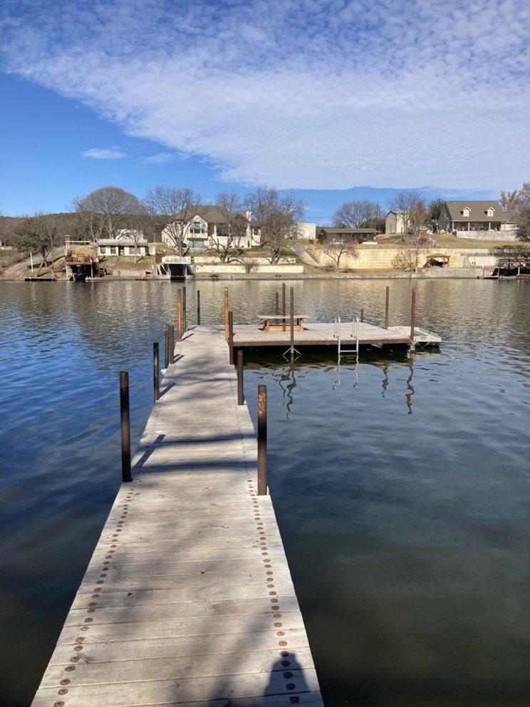 Boat Rental Lake LBJ: 408 Clen Oak Pkwy, Burnet, TX
