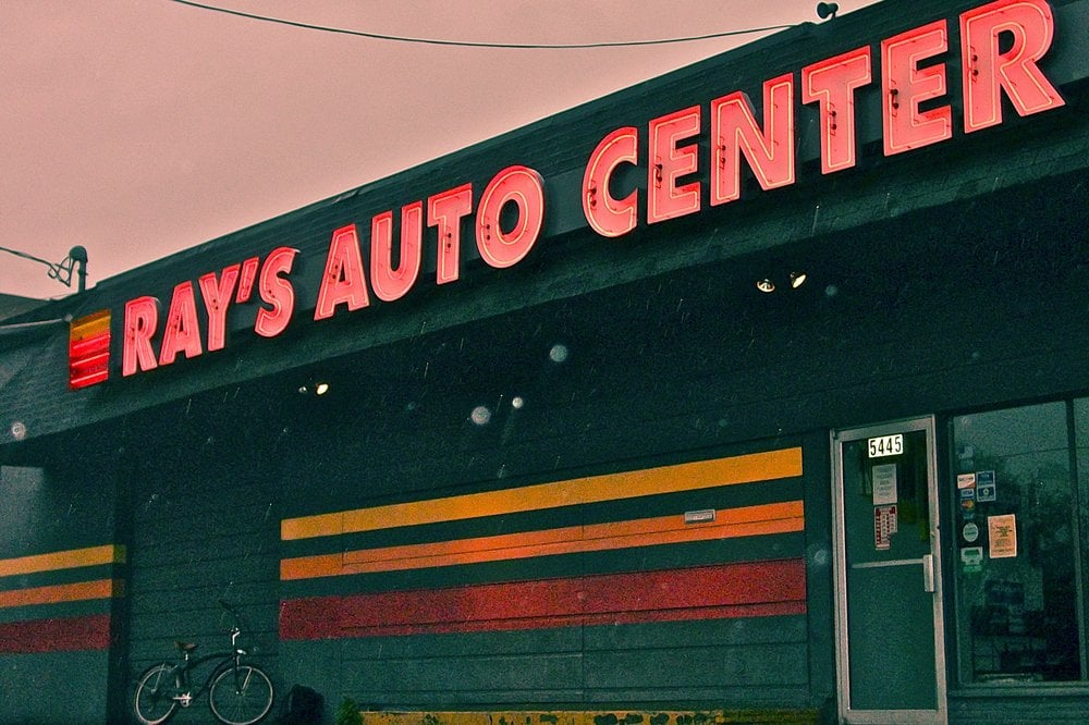 Ray's Auto Center: 5445 Steilacoom Blvd SW, Lakewood, WA