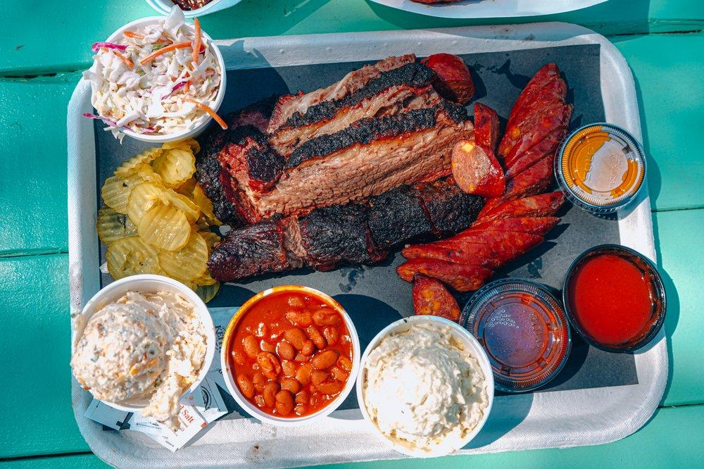 Dozier's BBQ: 8222 Fm 359, Fulshear, TX