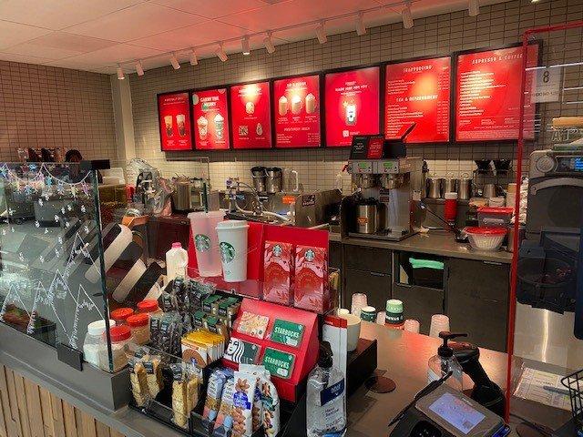 Starbucks: 830 N US Hwy 15, Dillsburg, PA