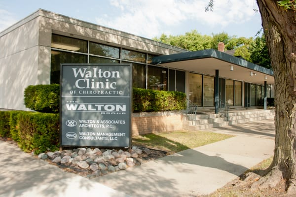 Walton Clinic Of Chiropractic Chiropractors 1229 S 6th