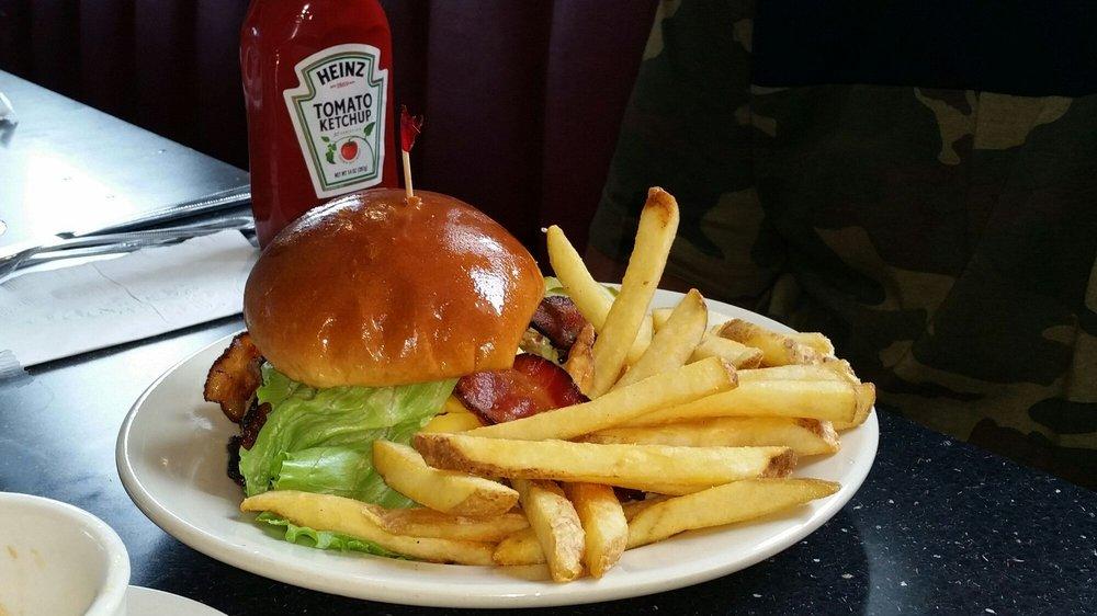 Jimmie's Diner: 1519 George Washington Dr, Wichita, KS