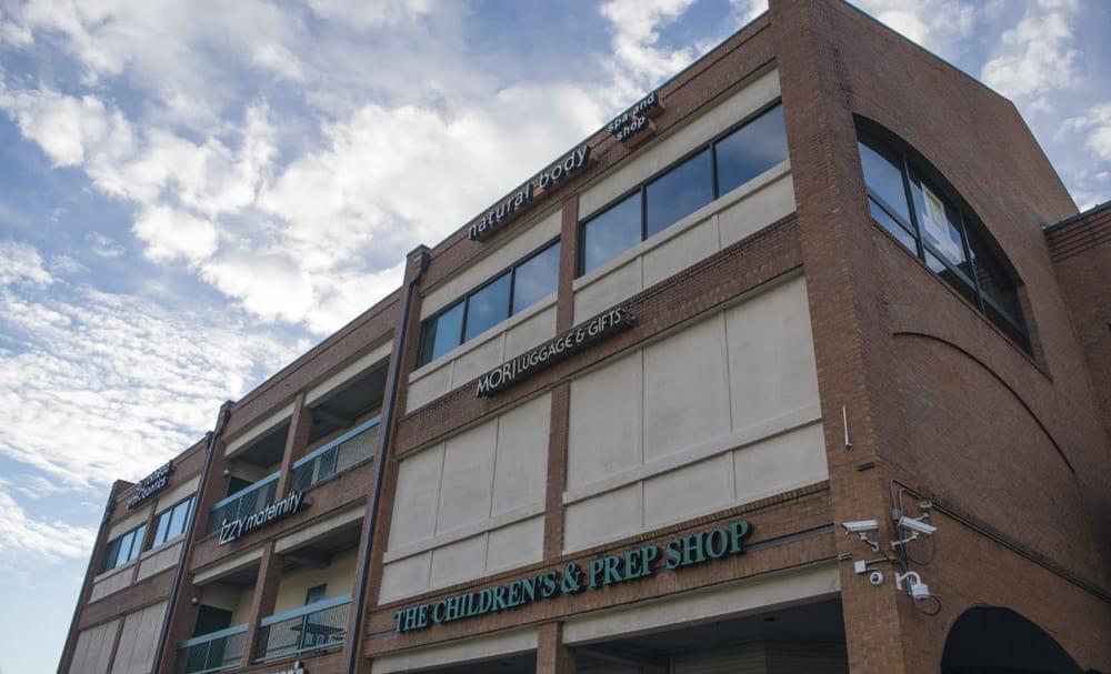 Peachtree Battle Shopping Center: 2325 Peachtree Rd NE, Atlanta, GA