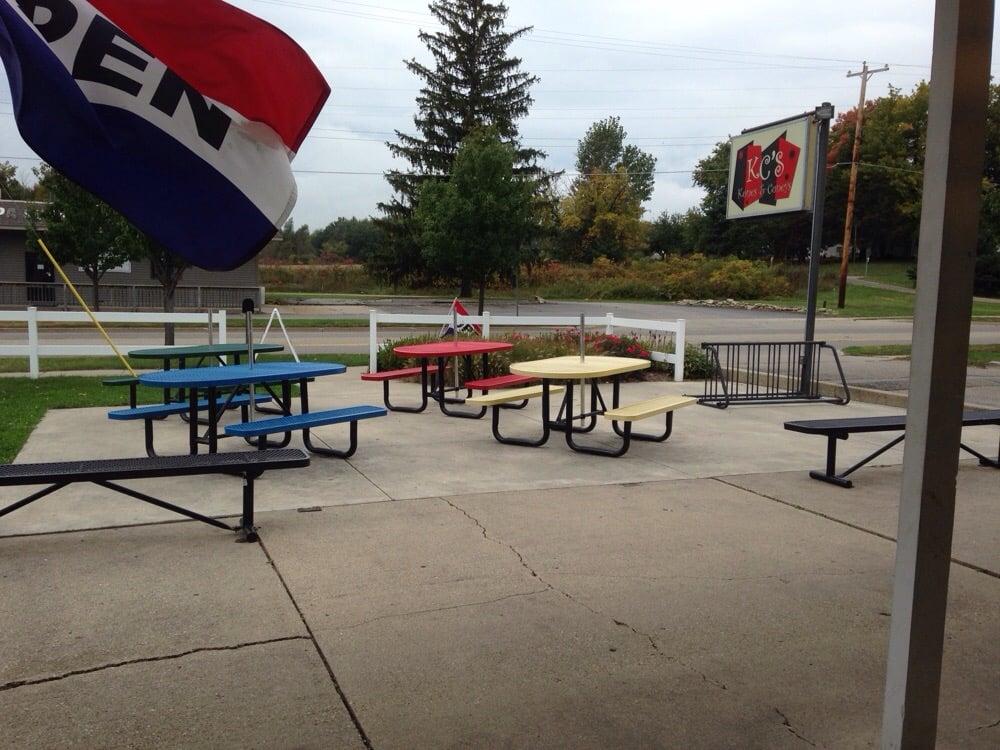 Kc's Kones & Coneys: 422 N Main, Cedar Springs, MI