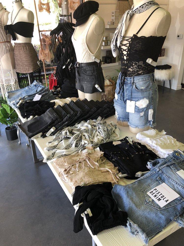 Luna Boutique: 28251 Crown Valley Pkwy, Laguna Niguel, CA
