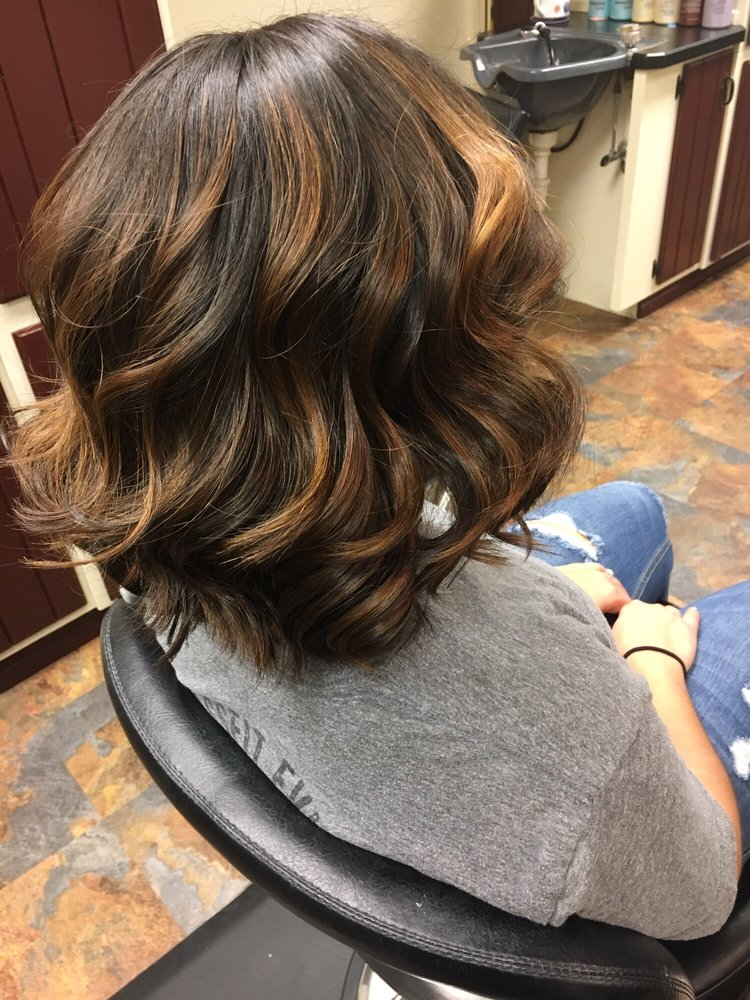 The Runway Salon: 718 1/2 Central Ave, Great Falls, MT