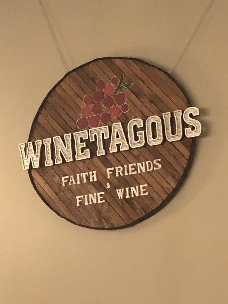 Winetagous: 540 Belden Pkwy, Sugarcreek, OH