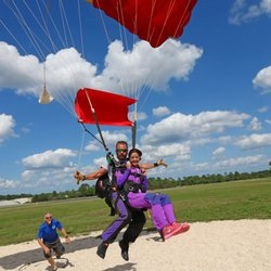 Skydive DeLand - 53 Photos & 28 Reviews - Skydiving - 1600