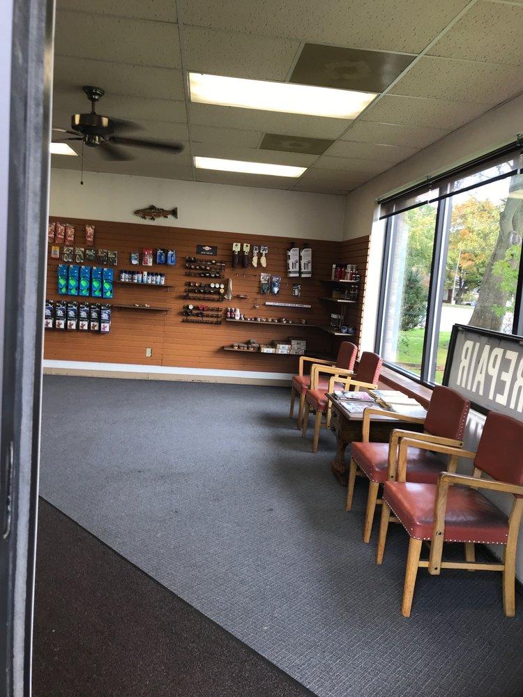 Ed's Shoe Repair: 3928 Portage St, Kalamazoo, MI