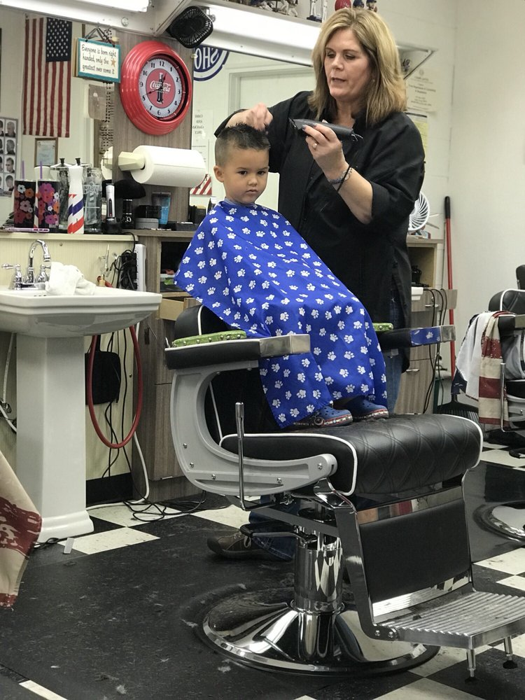 American Barber Shop: 317 NW Renfro St, Burleson, TX
