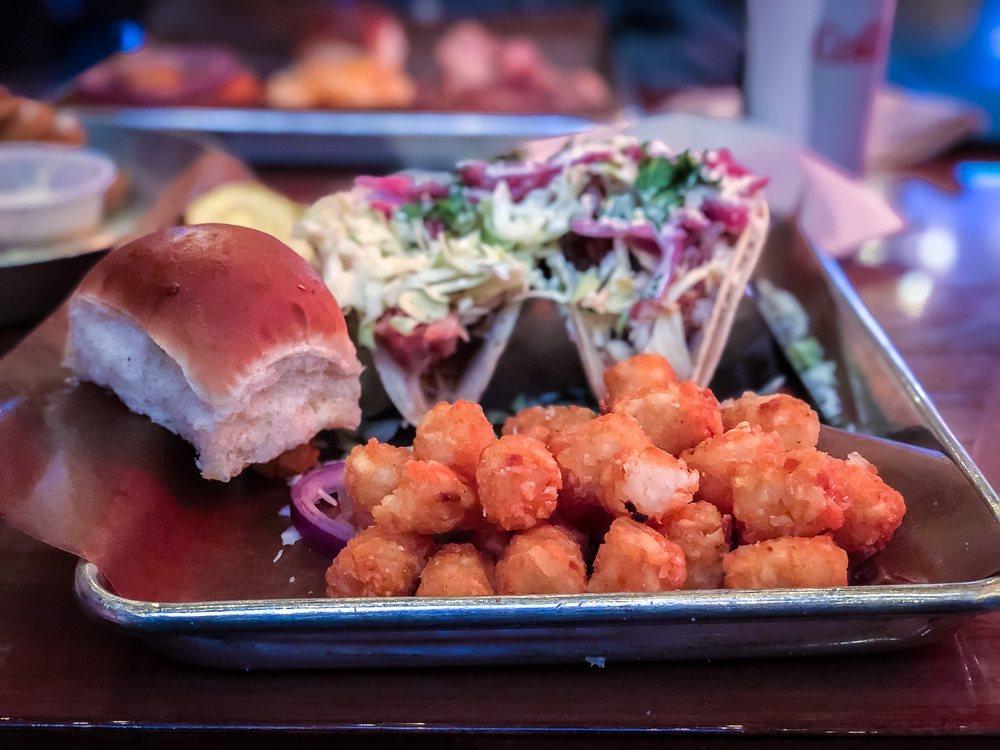 Feast BBQ: 909 E Market St, Louisville, KY