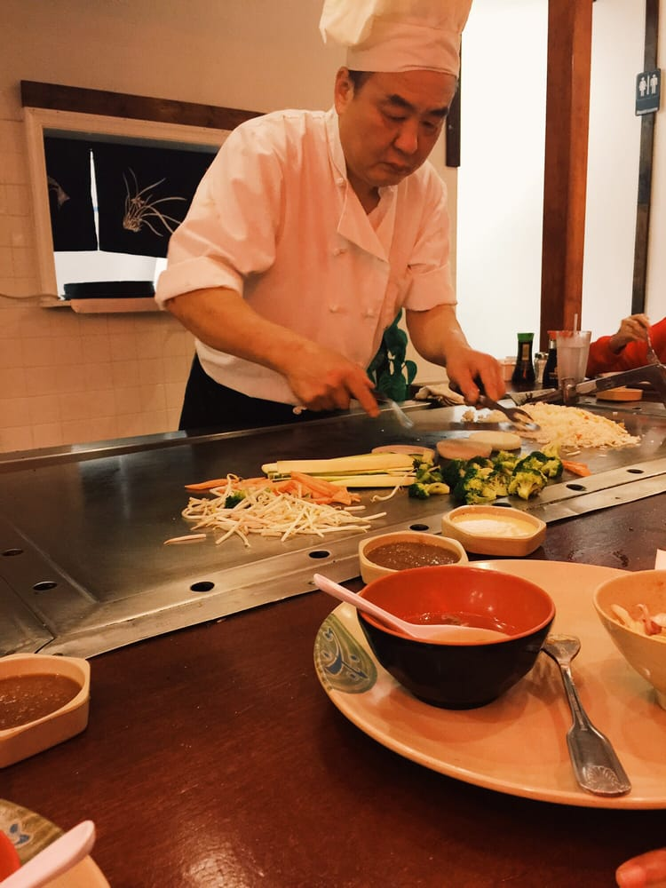 Shiro Sushi and Teriyaki: 24650 South Point Dr, Chantilly, VA