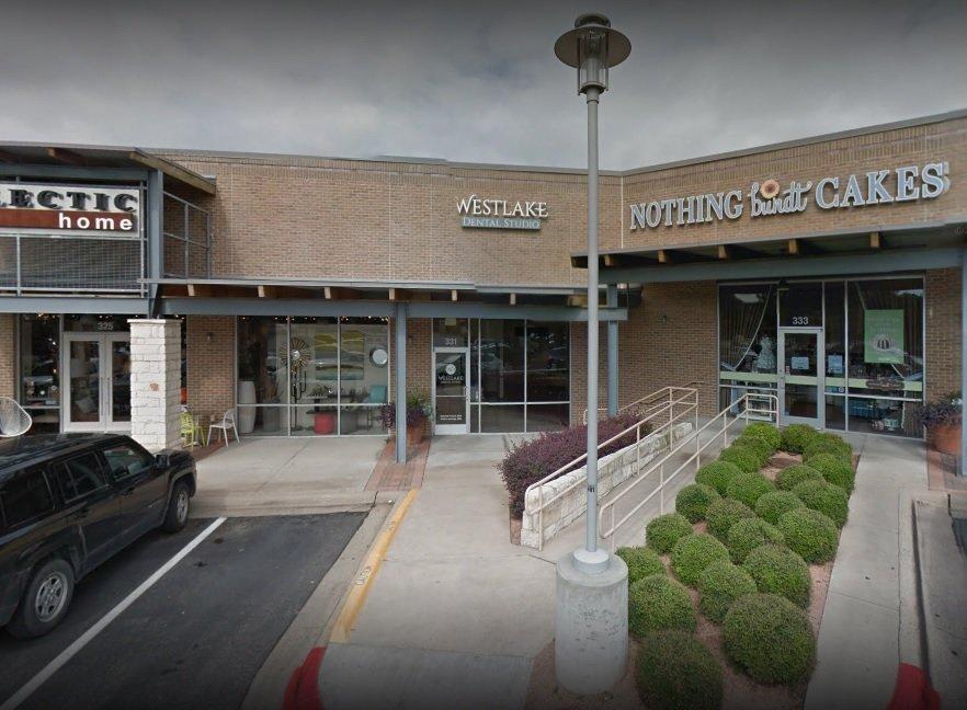 Restaurants Near Westlake Shopping Center