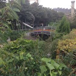 Jardin nelson mandela ex des halles 10 fotos parques for Jardin nelson mandela