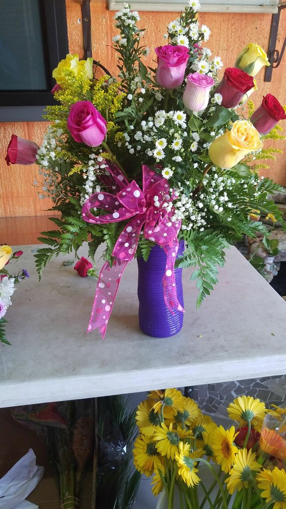Joan's Aroma Florist