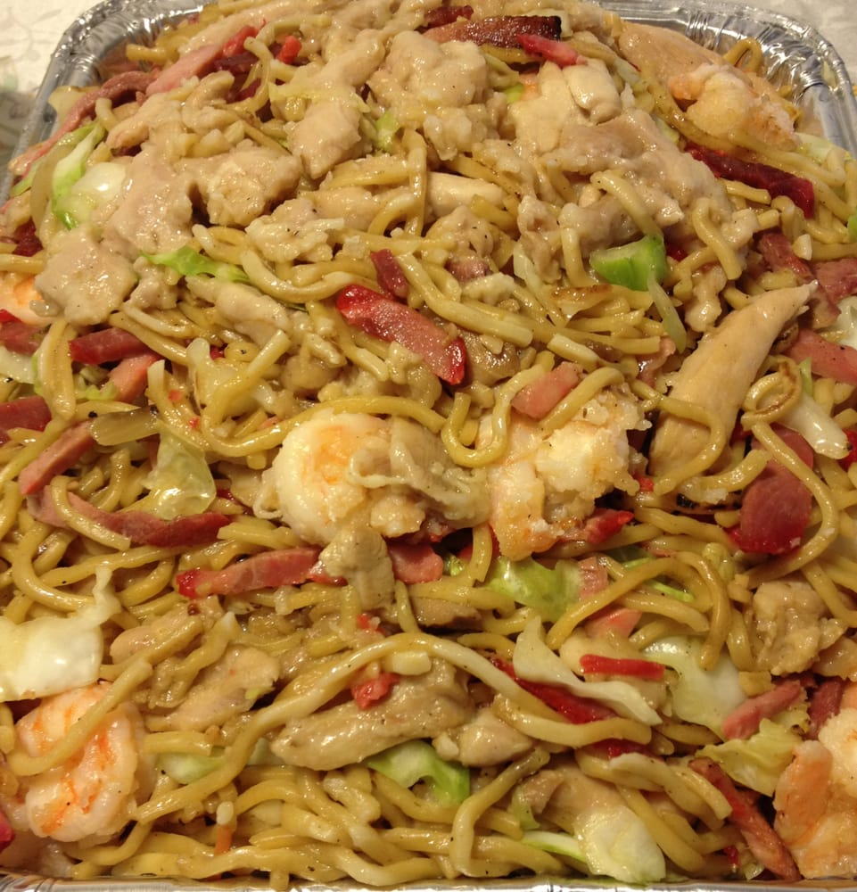 House Chow Mein Party Tray