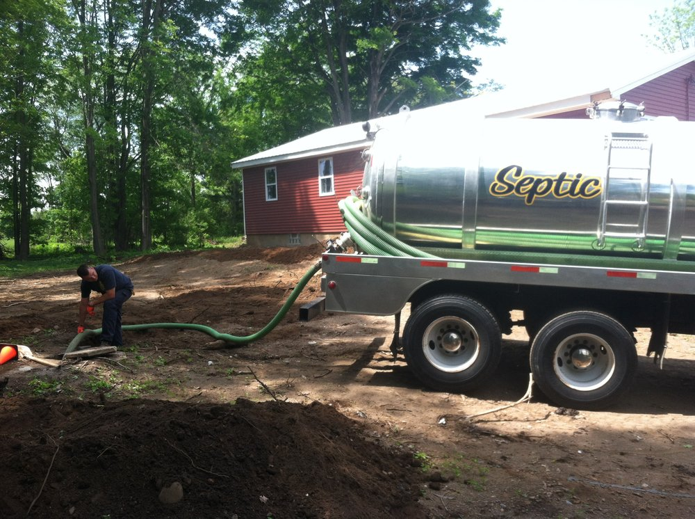 A-Verdi Septic Service: 14150 Rt 31, Savannah, NY