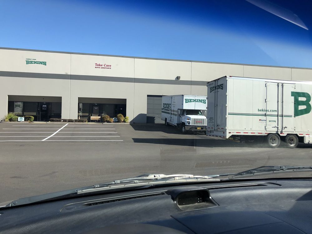Thunder Movers and Sons: Vancouver, WA
