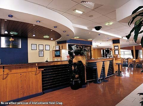 Holiday Inn Express Hotel Cardiff Bay