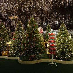 Robert's Christmas Wonderland - 28 Photos & 15 Reviews - Holiday ...