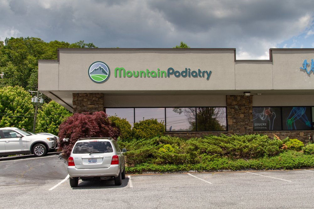 Mountain Podiatry, PA: 2315 Asheville Hwy, Hendersonville, NC