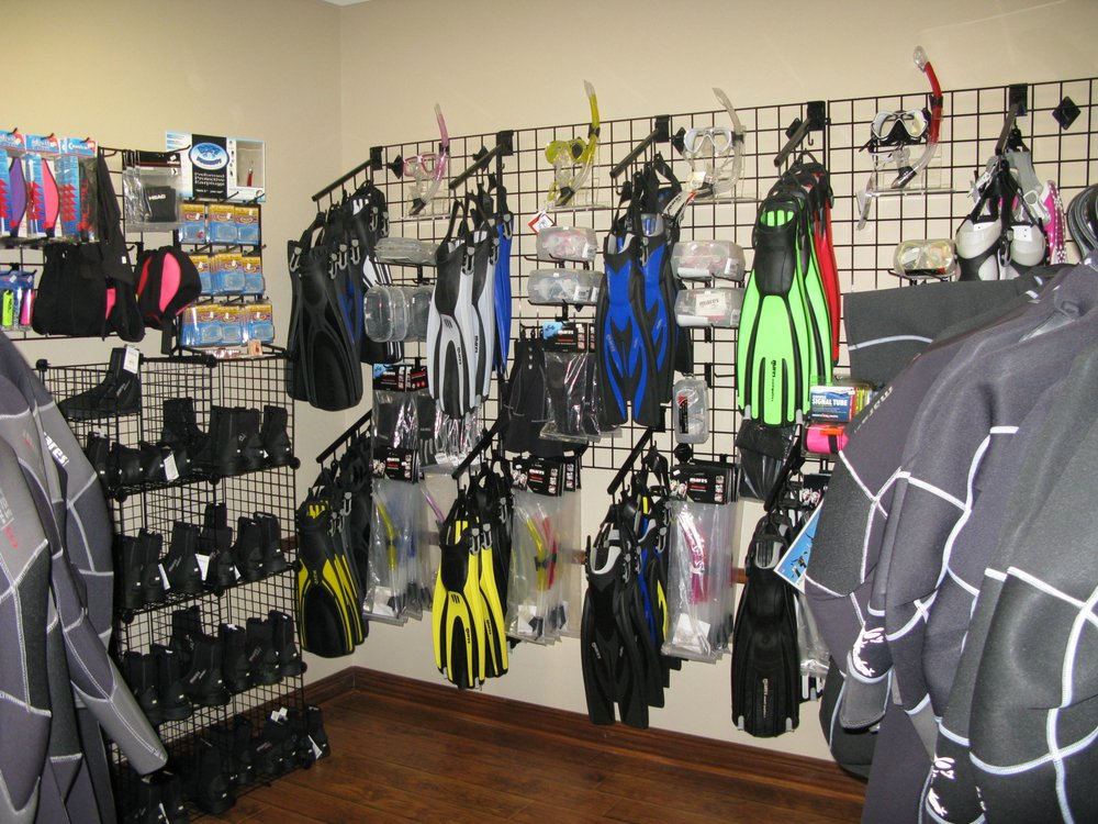 High Tide Scuba and Water Sports: 1315 Hwy 1187, Mansfield, TX