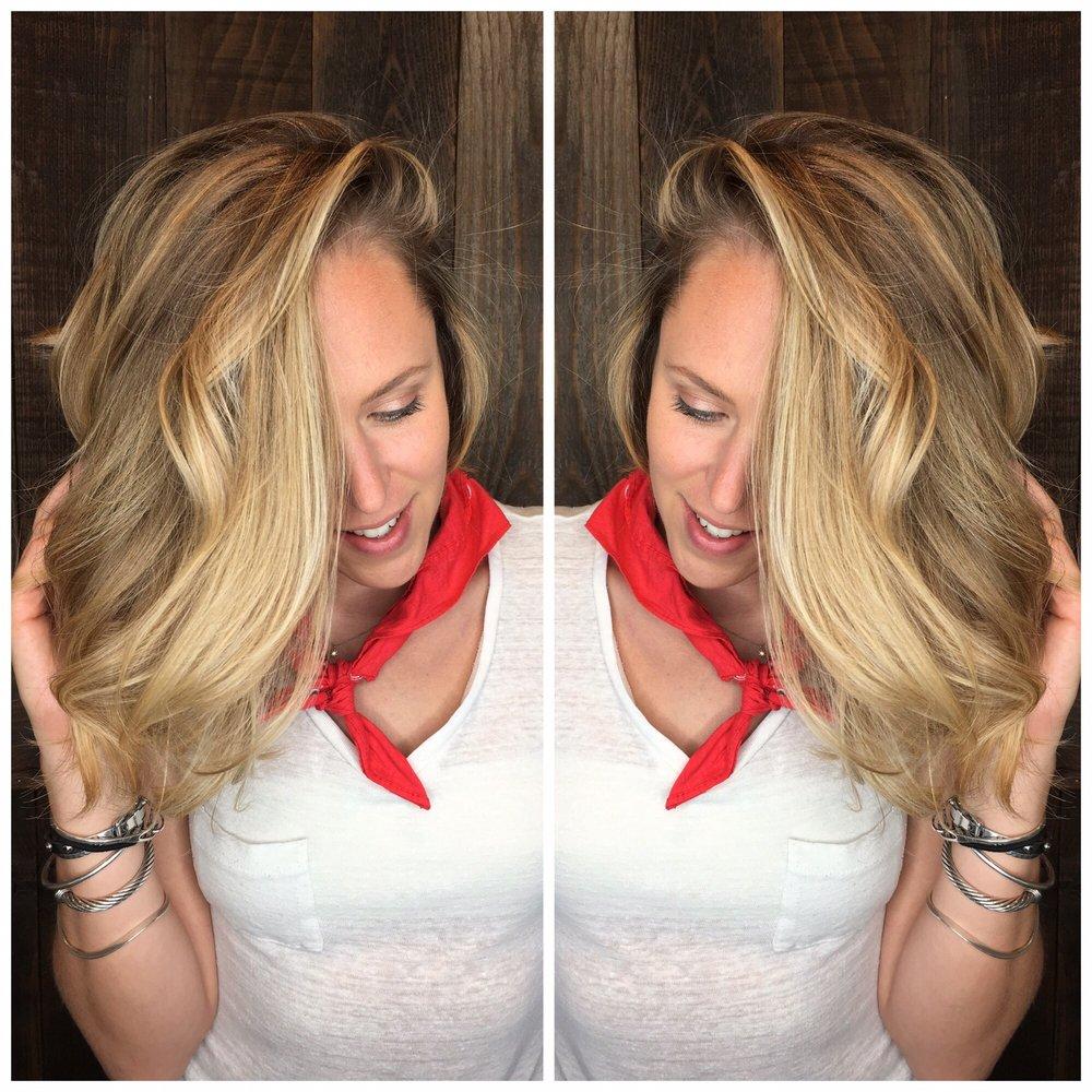 Salon 1085 72 photos 20 avis coiffeurs salons de for Samantha oups au salon de coiffure