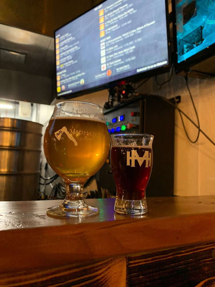 Mad Hatchet Brewing: 913 Brook Forest Ave, Shorewood, IL