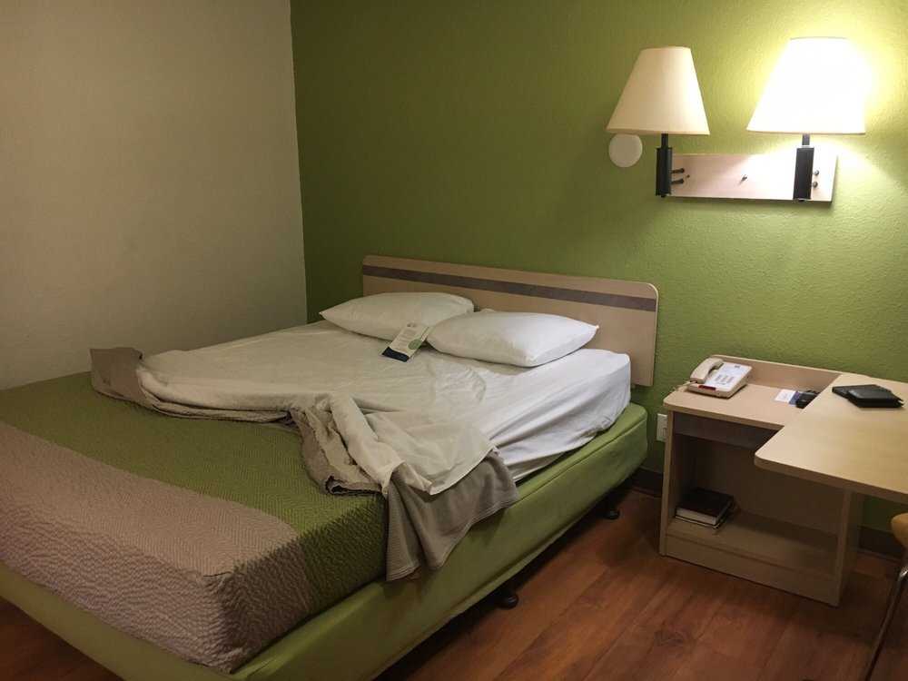 Motel 6 - 36 Photos & 26 Reviews - Hotels - 291 W Burnside