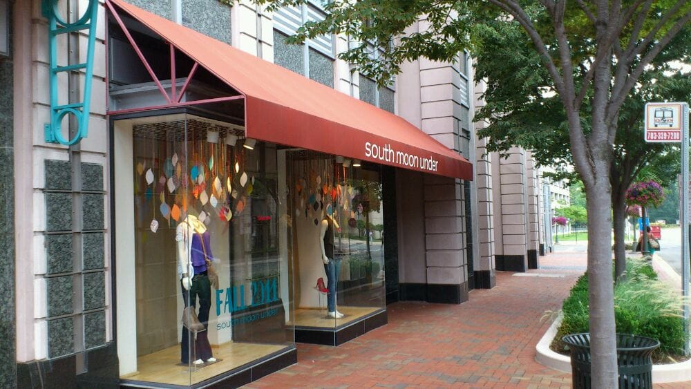 South Moon Under: 11949 Market St, Reston, VA