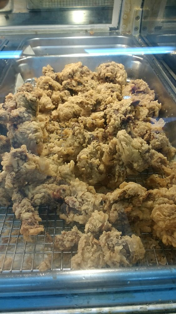 Neil's Creole Fried Chicken: 1240 N 5th St, Silsbee, TX