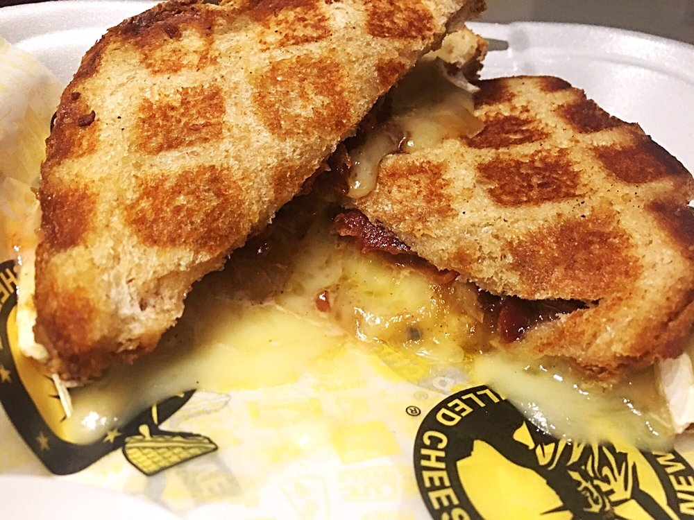Samantha D.'s review of New York Grilled Cheese