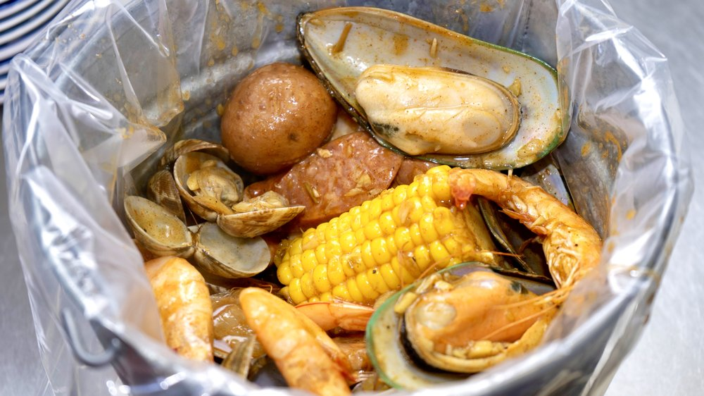 Crab Season: 3303 156th Ave SE, Bellevue, WA
