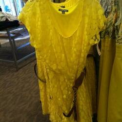 Dress Barn Accessories 1451 Metropolitan Ave