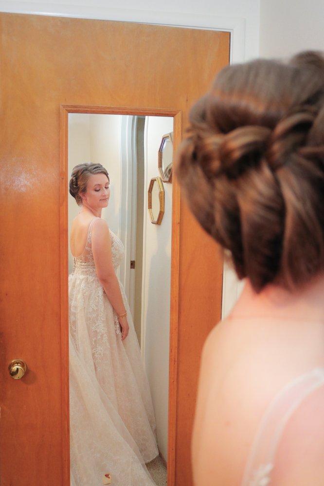 Wedding dresses in Gustine
