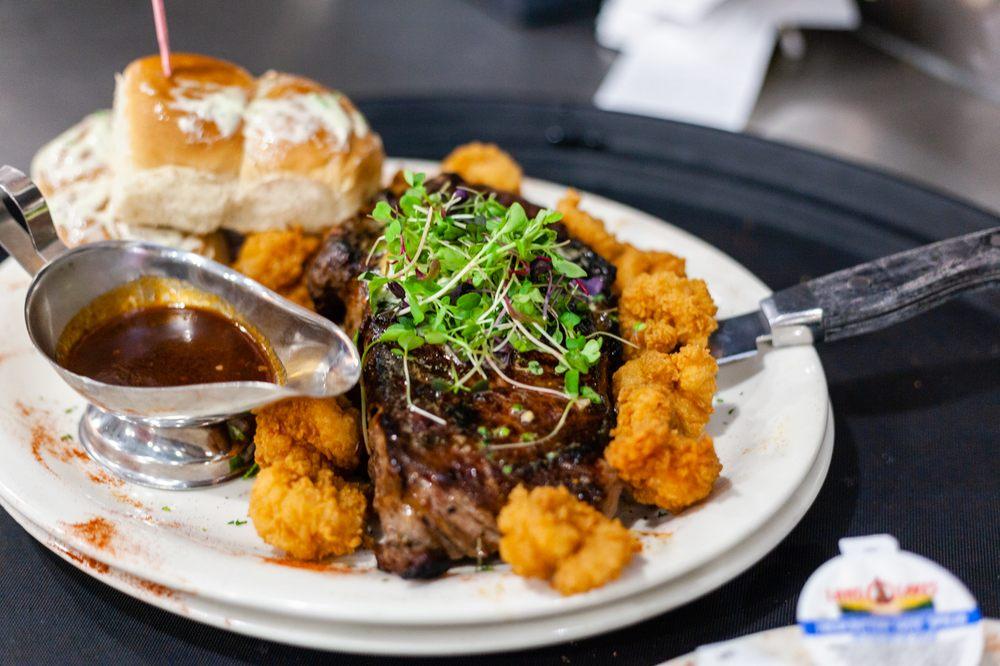 Doc's Seafood & Steaks: 24221 Perdido Beach Blvd, Orange Beach, AL