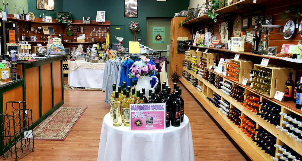 Starr Hill Vineyard & Winery: 100 Supercenter Dr, Clearfield, PA