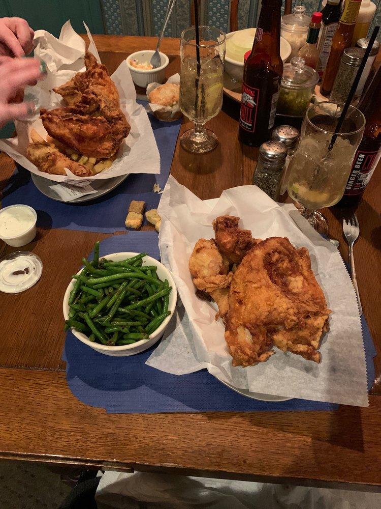 Fischer's Happy Hour Tavern: 7100 N Manitou Trl, Northport, MI