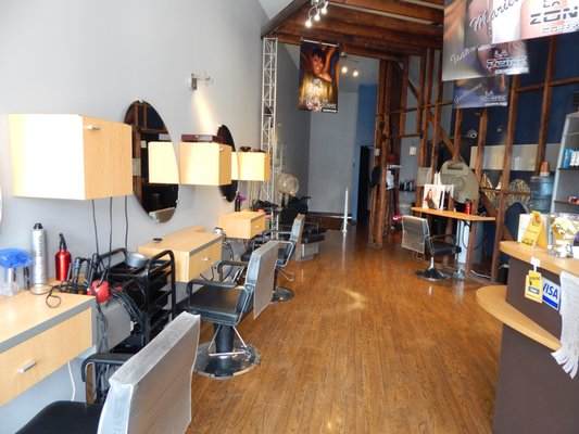 Photo Of La Zone Coiffure   Laval, QC, Canada