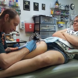Uptown ink tattoo 906 penn st reading pa united for Tattoos in reading pa