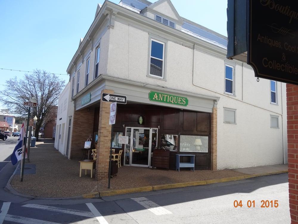 Arleen Brown Antiques: 301 E Main St, Front Royal, VA