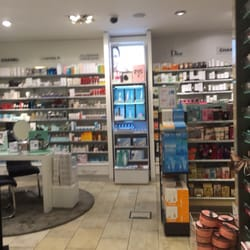 c0933cd76e7194 Parfümerie Douglas - Cosmetics & Beauty Supply - Fischemäkerstr. 1 ...