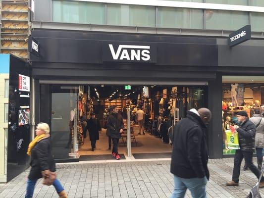 0db3597042 Vans - Fashion - Hohe Str. 68 - 82