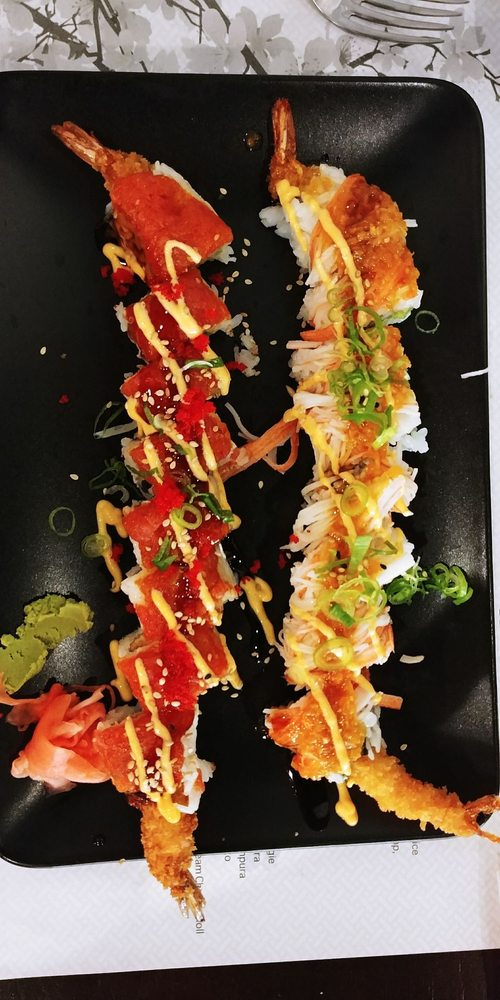 Food from Sushi Cafe