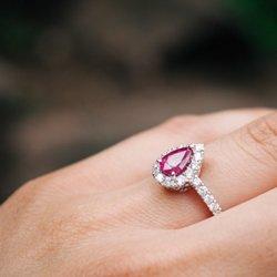 Photo Of Borsheims Fine Jewelry Gifts Omaha Ne United States Pear
