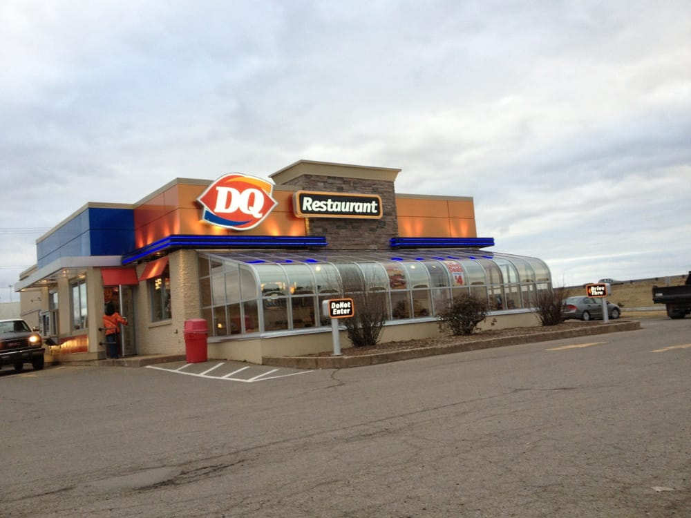what time does dairy queen close in canada