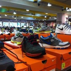 negozi scarpe nike lombardia