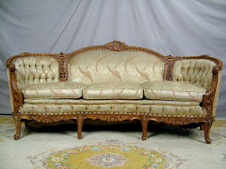 antique couch with matching 'king' and 'queen' armchairs ...