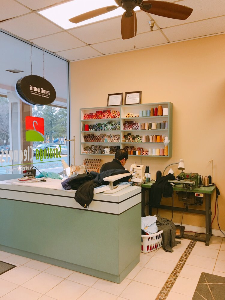 Saratoga Cleaners: 8084 Rolling Rd, Springfield, VA